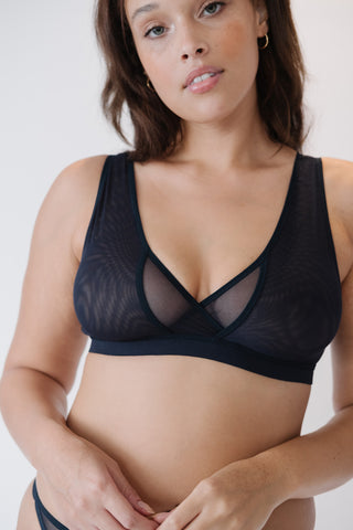 The Wren is the most comfortable women's bra for big boobs with wireless support for big busts