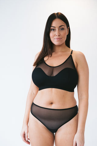 wireless lingerie foam t-shirt bra made in london for big boobs and small chests, comfortable women's underwear for big boobs