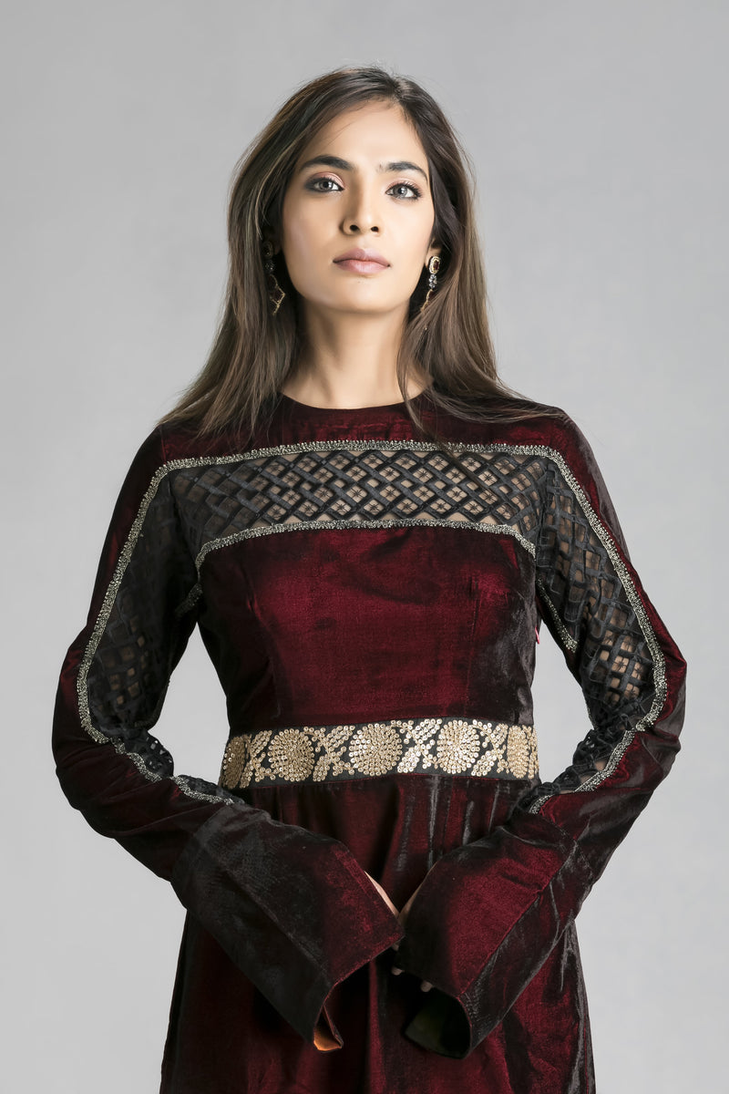 Marooned-A Short Dress in velvet and cutwork