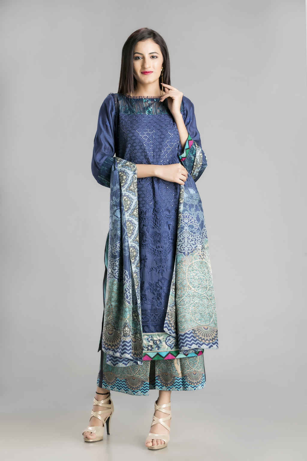 Mediterranean Mood Palazzo Suit for the Ethereal Look