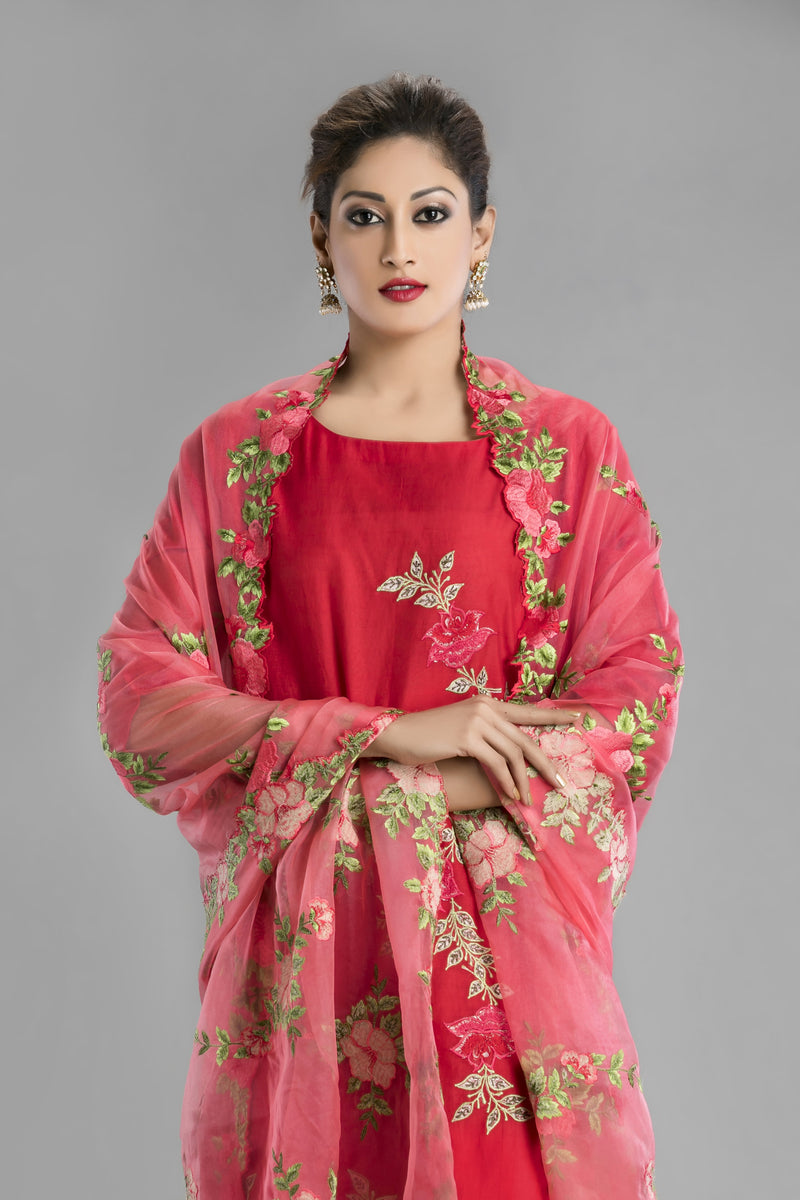 Lalima-the Red Chanderi silk kurta and slim fit pant set