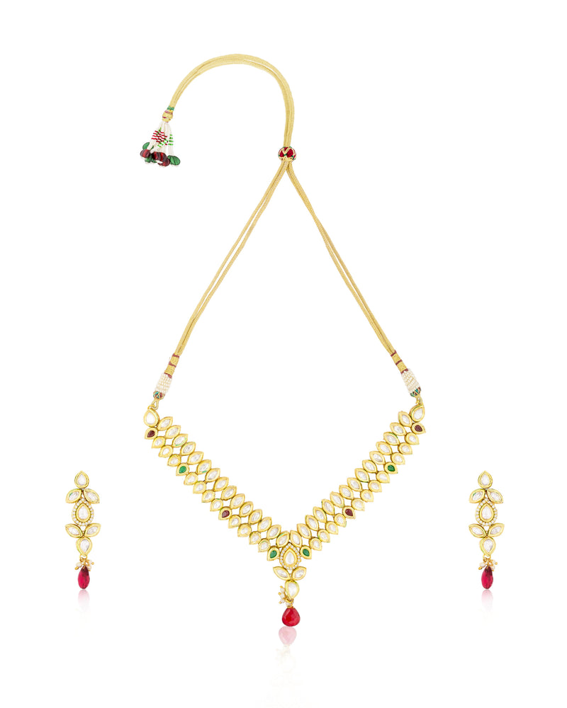 Stunning Floral Kundan Necklace Set