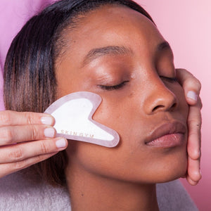 how to use a rose quartz facial sculpting tool