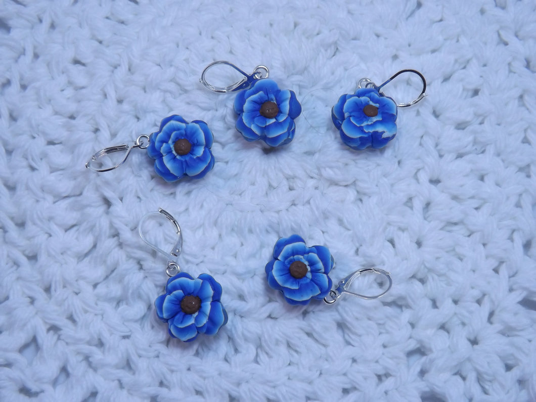 Beautiful Blue Sculpted Flower Stitch Marker Set