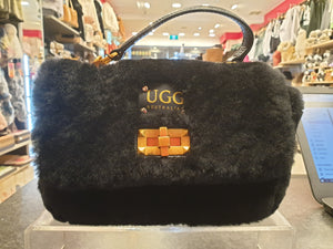 RECTANGULAR SHEEPSKIN BAG