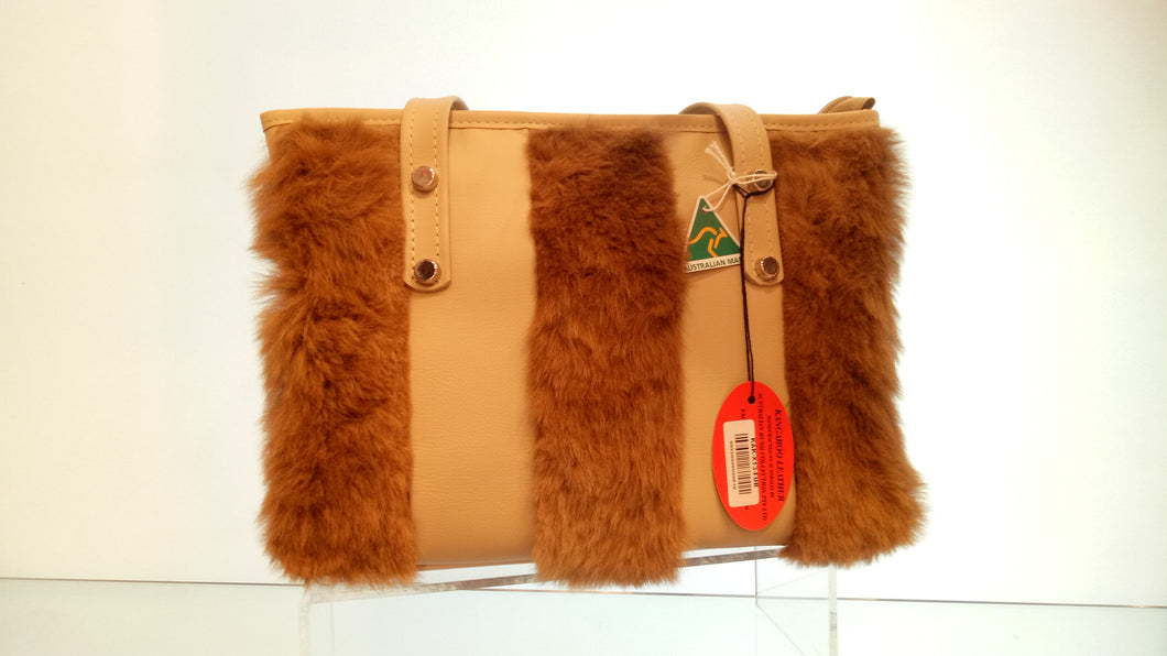 THREE LINES SHEEPSKIN BUSH BAG
