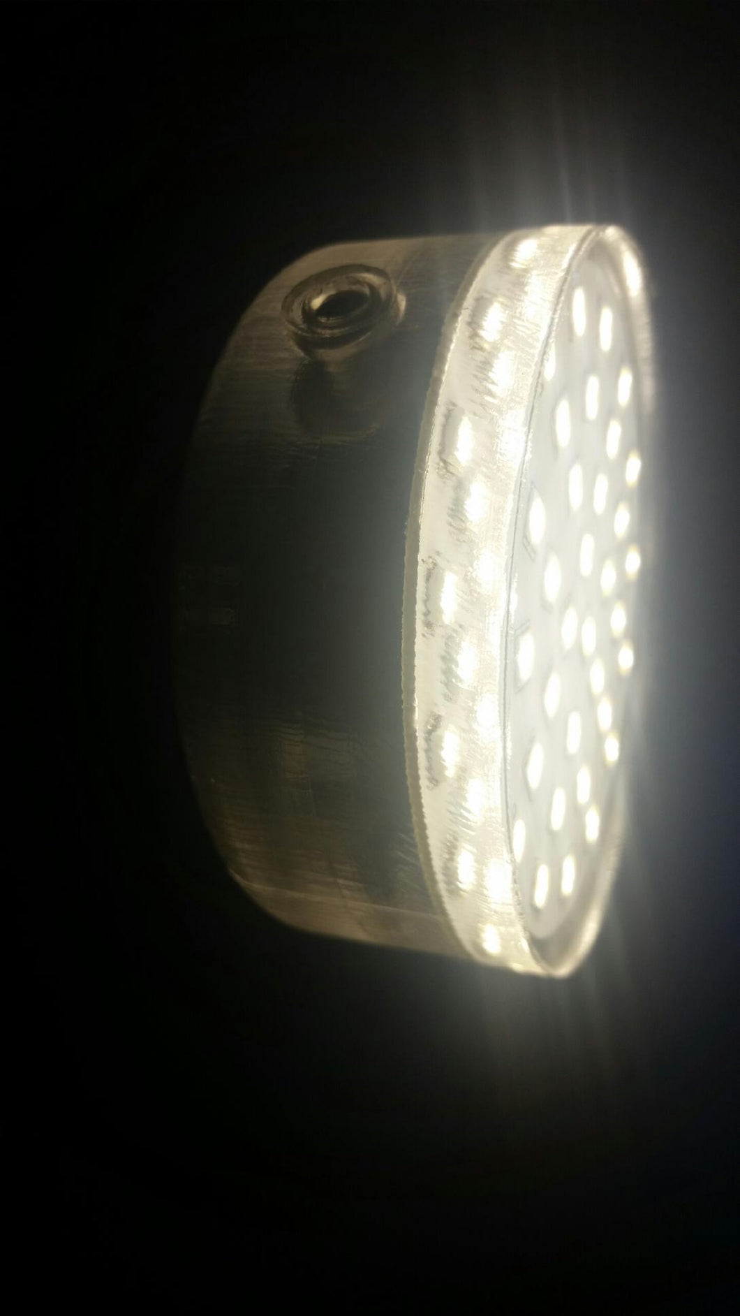 500 lumen hard-potted LED light