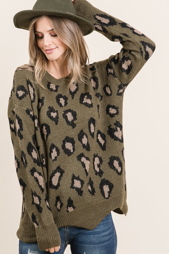 The Harper Pullover in Olive