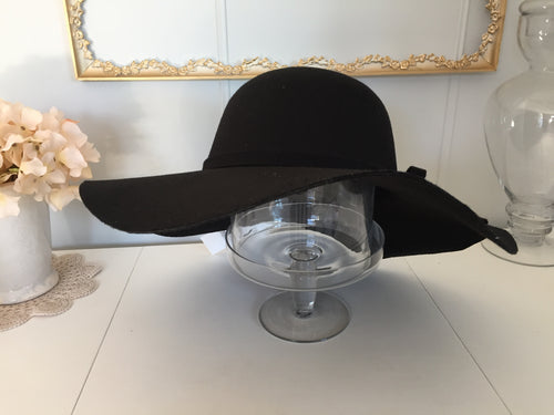 The Floppy Hat // Calgary pick-up only