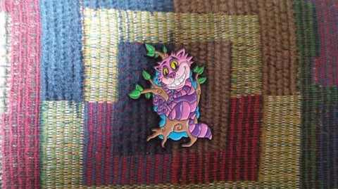 Cheshire Cat Alice in Wonderland Inspired Enamel Art Novelty Kitty Lapel Hat Pin