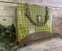 Bible Cover: Green Textured (Large)