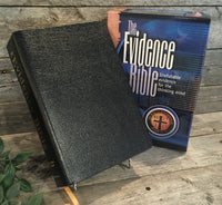 """The Evidence Bible: Irrefutable Evidence for the Thinking Mind (KJV)"" by Ray Comfort"