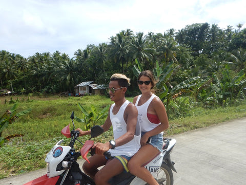 Siargao locals, Josie and Rafa set out with us to spread more smiles throughout various parts of the island.