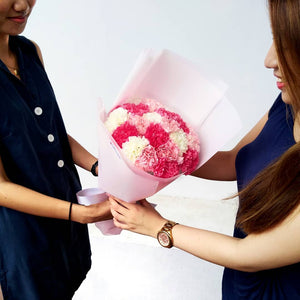 3 Reasons Why Mothers Deserve Flowers on Mother's Day