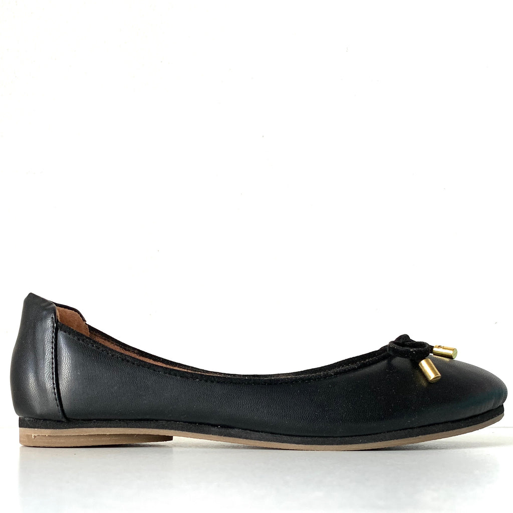 BEAUCHAMP: Black