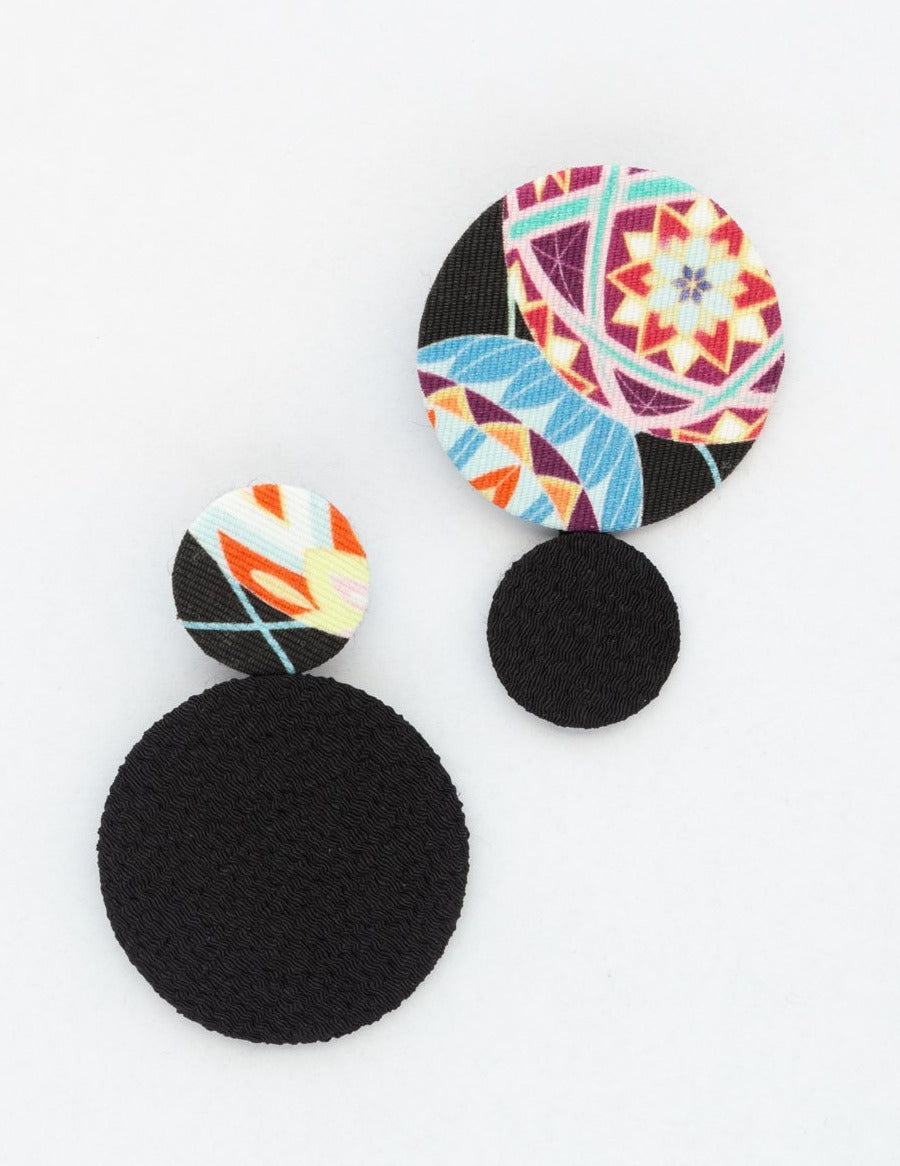 WA EARRINGS BLACK * Cotton