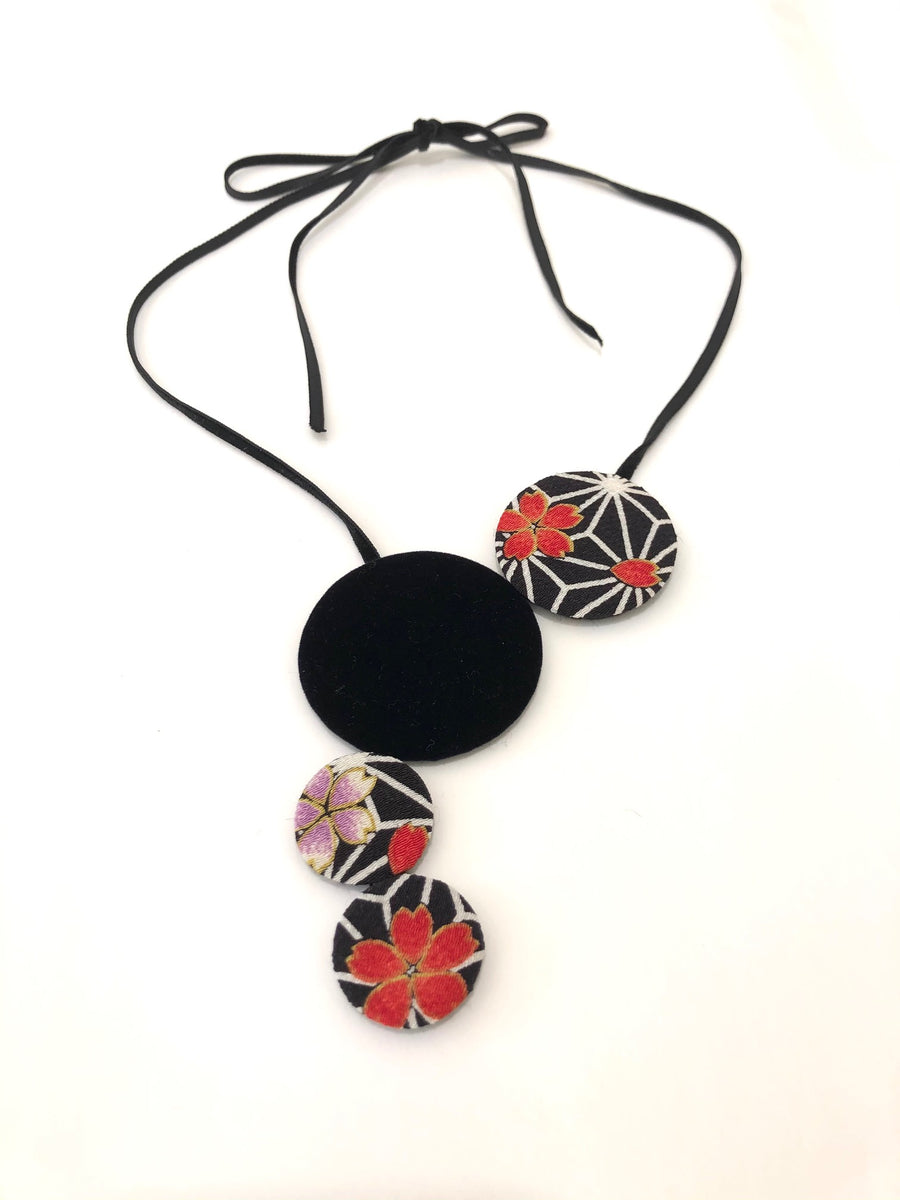 Kimono Fabric Circles Necklace—ASANOHA PATTERN—BLACK & RED