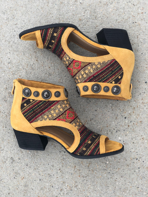 Highway Jewel Sandal
