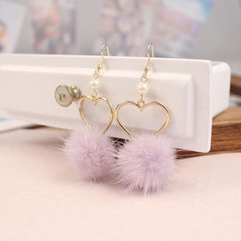 pom_pom_earrings-furball_heart_shaped
