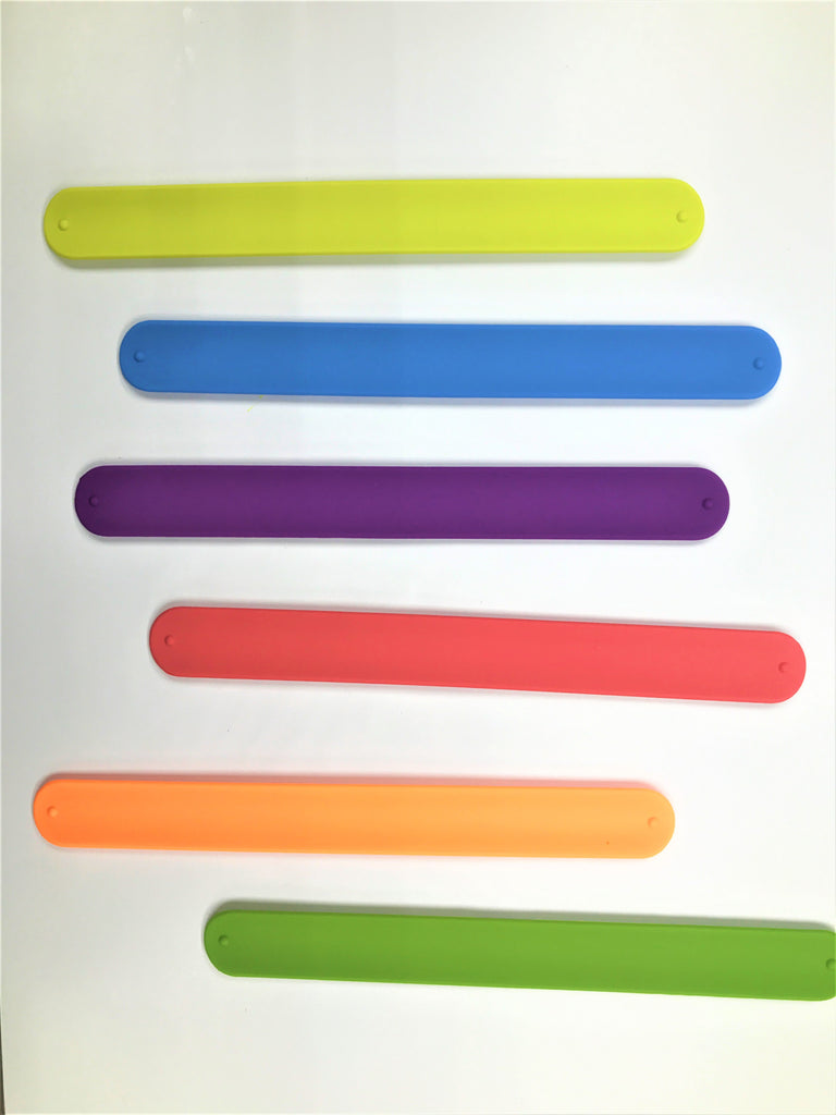 Fancy looking Silicone Wrist Strap 84 Pcs Jar