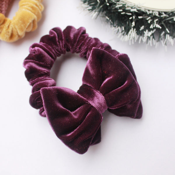 Under The Mistletoe - 2 Scrunchie Set