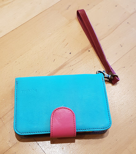 Soruka Leather Wallet with Wrist Strap