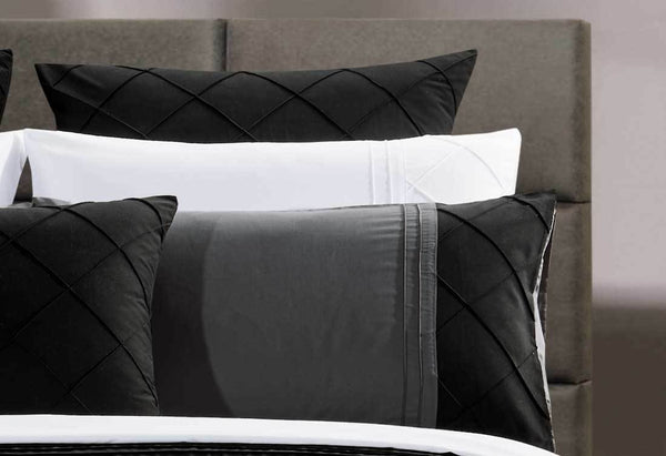 3Pcs Queen Size Cover Set Black Diamond Pintuck Quilt
