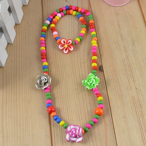Rosalia Handmade Flower Necklace - RHIZMALL.PK Online Shopping Store.