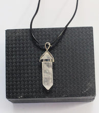 Agate Crystal Pendant - RHIZMALL.PK Online Shopping Store.