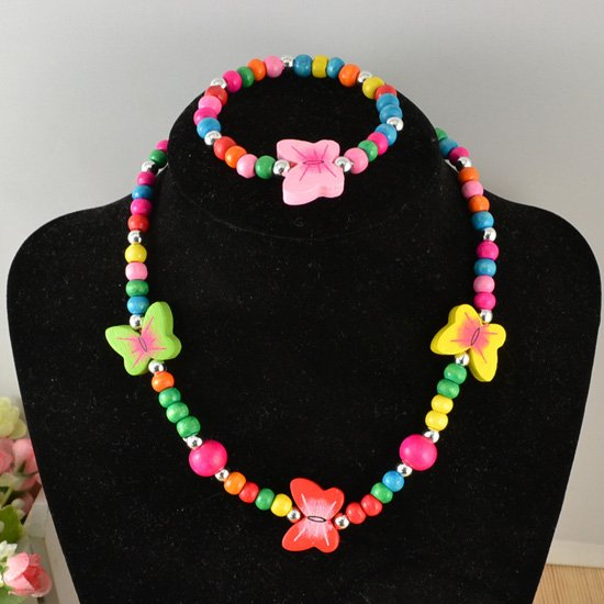 FaeryDae Multicolor Butterfly Necklace and Bracelet - RHIZMALL.PK Online Shopping Store.