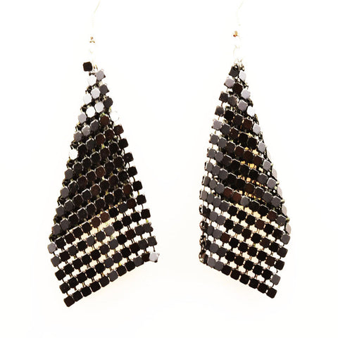 Pair of Black Dangle Earring - RHIZMALL.PK Online Shopping Store.