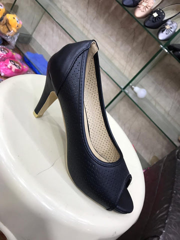 Women's Pumps design Heels - RHIZMALL.PK Online Shopping Store.