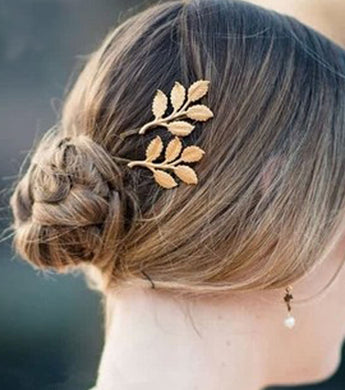 Mariette Golden Flower Hair Clip for Women - RHIZMALL.PK Online Shopping Store.