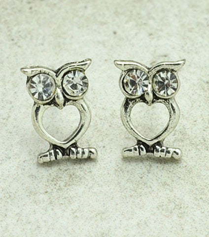 Silver Shaped Stud Earring - RHIZMALL.PK Online Shopping Store.