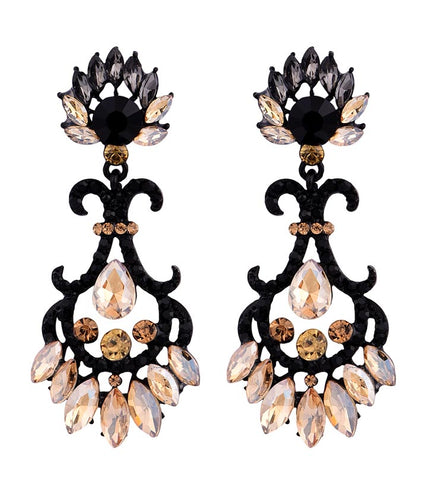 Melina Crystal Glass High Quality Earring - RHIZMALL.PK Online Shopping Store.