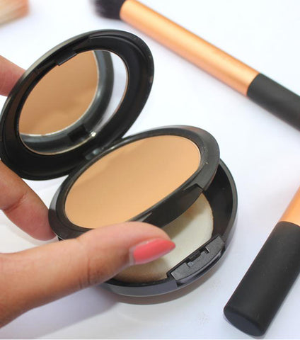 CLASSIC MAKEUP PRESSED POWDER - RHIZMALL.PK Online Shopping Store.