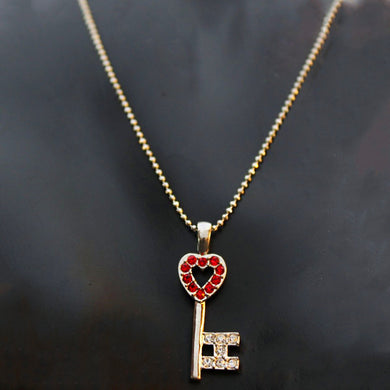 Moneda Heart Key Shaped Necklace - RHIZMALL.PK Online Shopping Store.