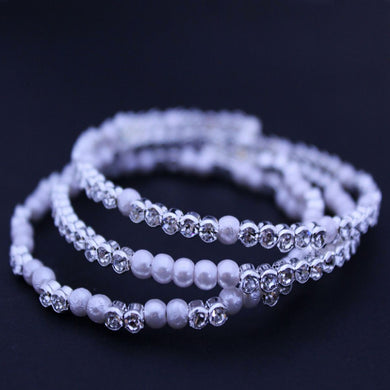 Fierra White Beads Bracelet - RHIZMALL.PK Online Shopping Store.