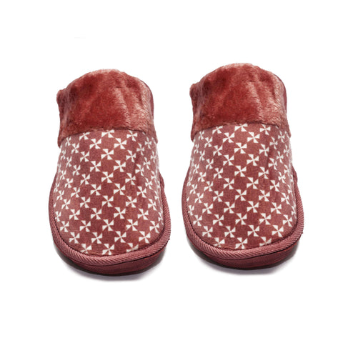 Star Mehroon Warm Woolen Slippers - RHIZMALL.PK Online Shopping Store.