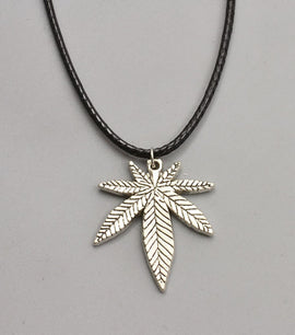 Whimiscal Stylish Leaf Pendants - RHIZMALL.PK Online Shopping Store.