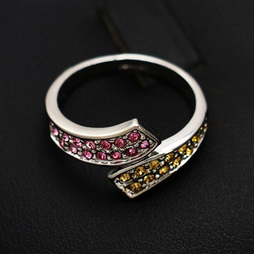 Mauve Crystal Beads Ring - RHIZMALL.PK Online Shopping Store.