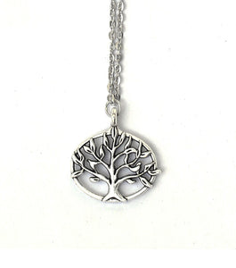 Whimiscal Tree Necklace - RHIZMALL.PK Online Shopping Store.