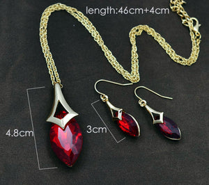 Zeuner Blazing Red Cubic Crystal Drop Set - RHIZMALL.PK Online Shopping Store.