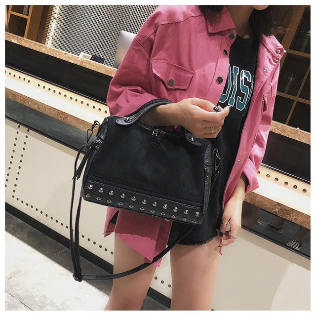 2018 Vintage Fashion All-match Women Shoulder Bag - RHIZMALL.PK Online Shopping Store.