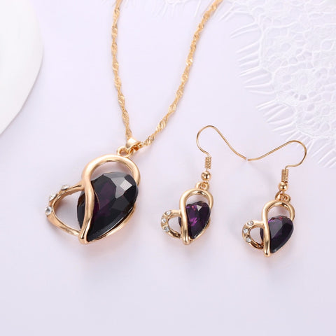 Fallen Heart Shaped Crystal Jewellery Set - RHIZMALL.PK Online Shopping Store.