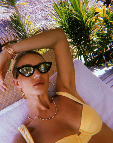 rosie huntington-whiteley yellow bikini