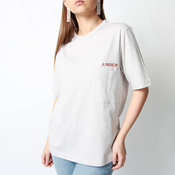 Amour T-shirt - Marble Hive