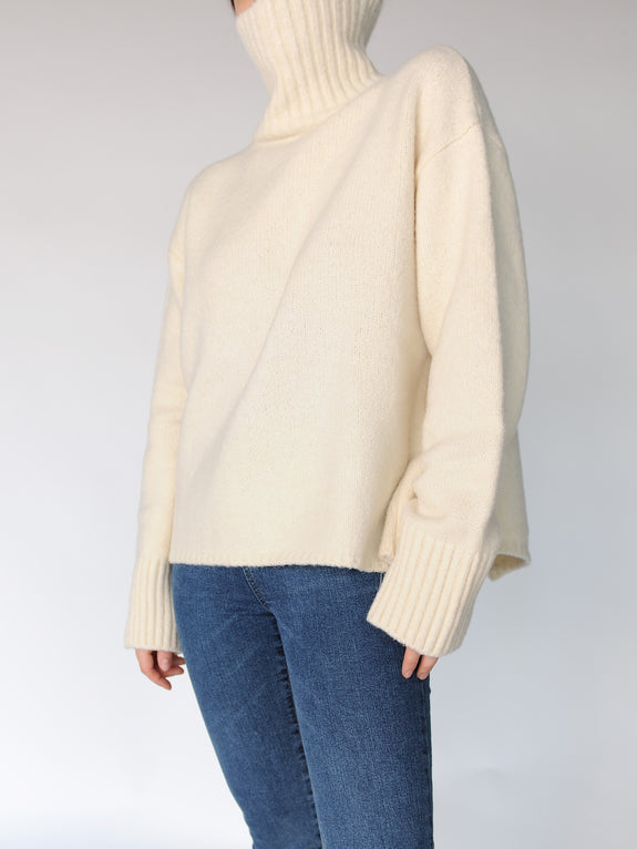 Two Way Turtleneck Slit Sweater - Marble Hive