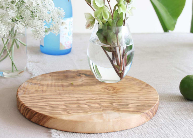 wooden olive wood chopping cutting carving cheese steak serving round board vase top planche en bois d'olivier by MR OLIVEWOOD® Wholesale USA Canada