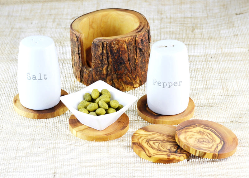 wooden olive wood set of 6 coasters in a rustic holder with salt and peppers shakers sous dessous de Verres en bois d'olivier by MR OLIVEWOOD® wholesale manufacturer US based supplier USA Canada